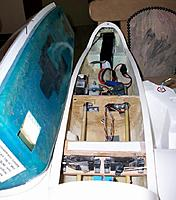 Name: maiden ready_3.jpg Views: 43 Size: 110.3 KB Description: aileron pushrods not connected in this picture, 4S4000 battery under ballast platform in nose, foam blocks to keept it in place, variometer sensor on the side of the forward wheel fauring, BEC against the starboard fuselage, rx between forward servos.