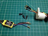 Name: IMG_0133.jpg Views: 45 Size: 202.3 KB Description: Stock connectors, heat shrink removed.