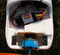Name: mixmastermotor.jpg Views: 380 Size: 69.0 KB Description: Mixmaster BL outrunner and 18 amp ESC (notice the steerable nose wheel)