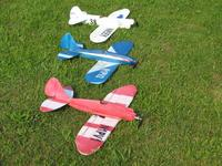 Name: 30s racers sv.jpg Views: 354 Size: 78.6 KB Description: All three of these guys were further experiments with monobloc and curved/folded fuselages all with KFM2 (simple) wings