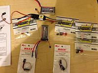 Name: IMG_0991.jpg Views: 135 Size: 222.9 KB Description: Soldering ahead... Batteries, replacement ESC... Dean Connectors