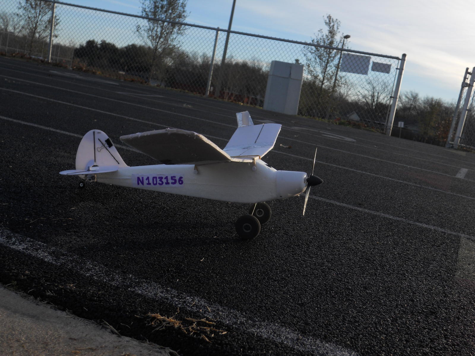Name: DSCN0940.jpg Views: 173 Size: 282.2 KB Description: As the picture shown, there're some modifications: 1. Carbon Fiber Reinforced surfaces and hinge lines. 2. Bush Wheels 3. Polyhedral wing design for more lift after stall 4. Steerable Tail Wheel