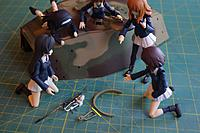 Name: HL King Tiger Build 009.jpg Views: 120 Size: 568.7 KB Description: The girls look at the simple and non-scale stock mount, and the magically appearing scratch made replacement