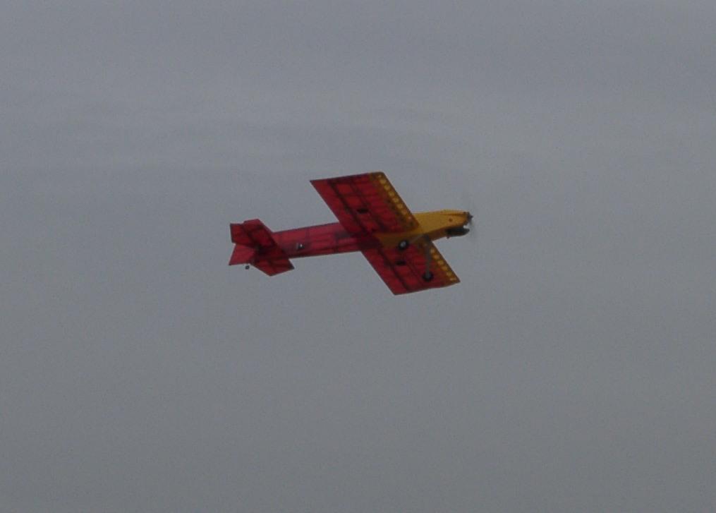 Name: flyby.jpg Views: 547 Size: 86.6 KB Description: The Harrier 46 in flight.