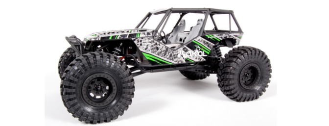 The AXIAL 2.2 Maxxis Trepador Tires mounted on the AXIAL Wraith.
