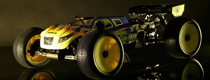 TLR 8IGHT-T 3.0 Race Kit (item no. TLR04001).