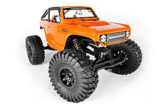 The Deadbolt body with scale-looking dove-tailed cage, interior details and Maxxis Trepador tires make for a more realistic-looking truck compared to the Ridgecrest.