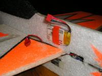 Name: Electrics 642.jpg Views: 659 Size: 72.5 KB Description: Laterally balanced battery.
