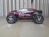 Name: 20170202_182447.jpg Views: 67 Size: 398.3 KB Description: Basically the same as my second one! A999 with L939/L929 wheels! Great performance! B-version with Truggy body shell. This the lightest B-version! Maybe it has the best performance of the B-versions.