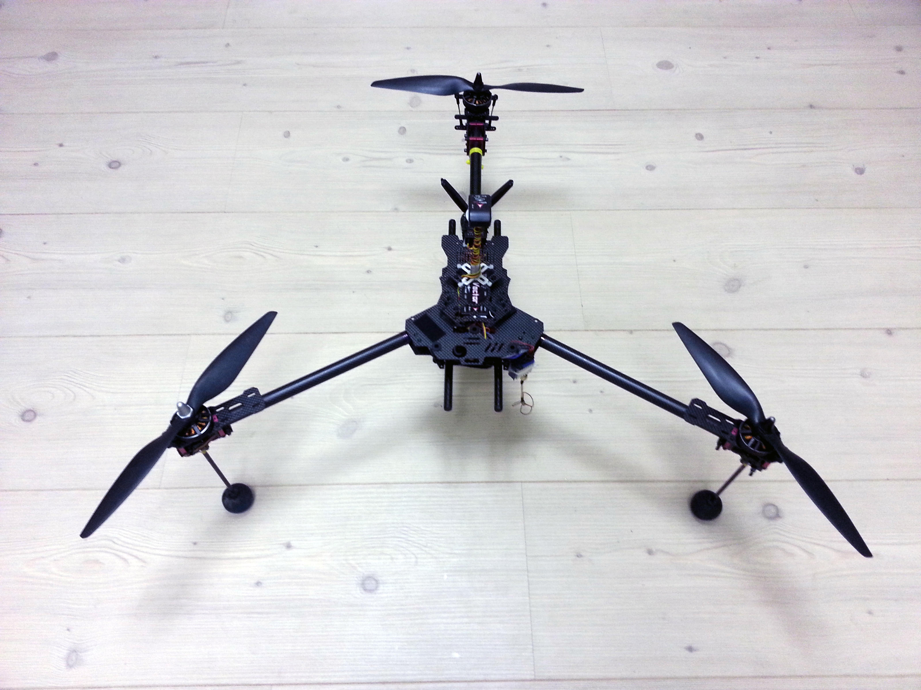 Beautiful CF Tricopter, ±23min, Gimabal Ready, Vector Fc - RC Groups