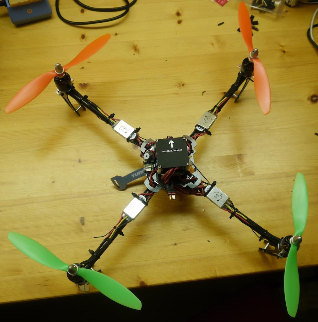 Name: quadcopter1.jpg Views: 94 Size: 259.5 KB Description: mit Propellern aber noch ohne Akku