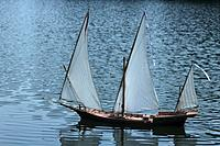 Name: galley barbary xebec model Le IMAXES.jpg Views: 45 Size: 71.1 KB Description: an RC Barbary Pirate xebec!!