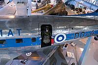 Name: 02220074.jpg Views: 21 Size: 1.49 MB Description: DC-3 & paratrooper.