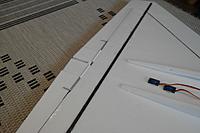 Name: SAM_2805.jpg Views: 128 Size: 138.4 KB Description: Aileron torque tubes.