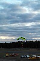 Name: SAM_0174.JPG Views: 242 Size: 498.9 KB Description: Lot of parachute activity...