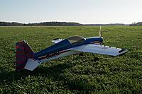 Name: SAM_6042.jpg Views: 223 Size: 963.0 KB Description: Slick 360, waiting flight turn.
