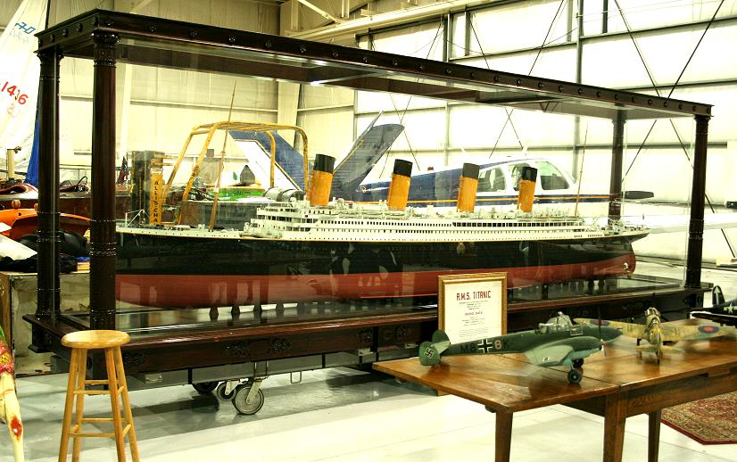 Remote Control 40 Titanic Model Limited Edition - (Assembled)