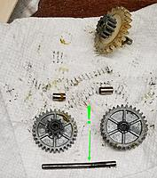 Name: b20210228_212128.jpg Views: 13 Size: 265.7 KB Description: Source of the gear hop in the shaft adjacent to the output. I think this thing has on/off motor control? Bang-bang!