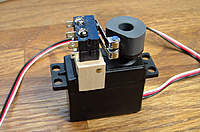 Name: 2004_0119Image0004.jpg Views: 586 Size: 134.7 KB Description: DPDT arrangement on a servo to switch motors
