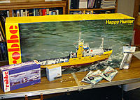 Name: a01416.jpg Views: 806 Size: 180.1 KB Description: HH, Robbe Power Kit, and a bow thruster, sound module, and ESCs from Harbor Models