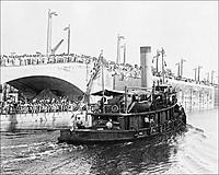Name: tugboat-gatun-crossing-panama-canal-1913-photo-print-4.jpg Views: 31 Size: 129.8 KB Description: