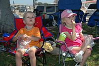 Name: 2005_0820_120722AB.jpg Views: 80 Size: 67.5 KB Description: Kids watching Dad fly at Fermin 2005 I love this picture!