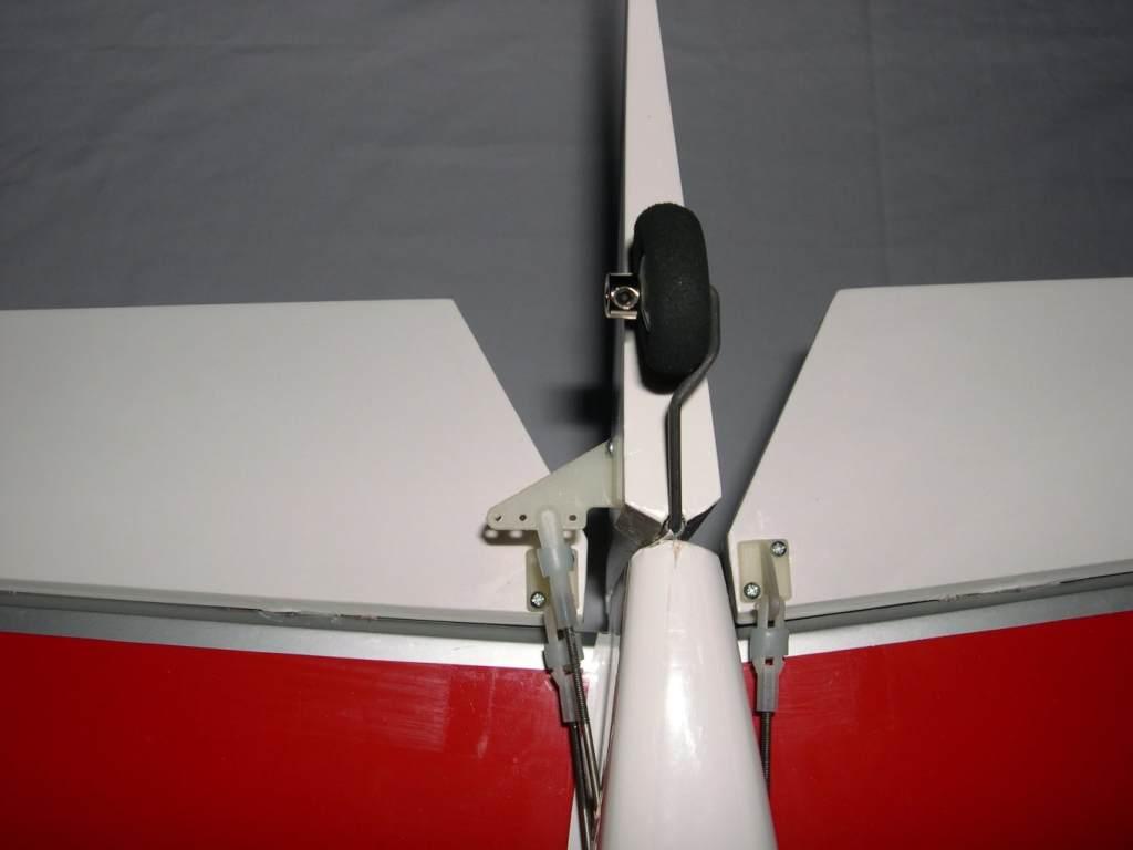 Name: tailwheel.jpg Views: 581 Size: 35.0 KB Description: