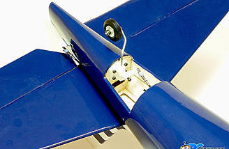 Tail wheel mounted in the rear bottom of the fuselage.