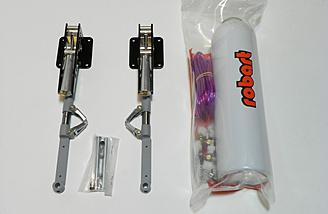 Optional Robart retracts for the main gear. The retracts used for this review are air driven. Electric retracts are also available.