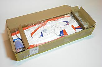 The Estrella kit was shipped in a nondescript but very sturdy and thick cardboard box.