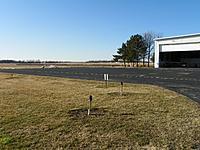 Name: 100_3462.jpg Views: 187 Size: 293.4 KB Description: hangar apron
