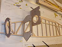 Name: Airborn 1600 Fuselage building the sides 012.jpg
