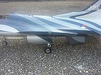 Skymaster/Xtreme Jets F-16 1/8 RTF, w/servos & turbine - RC Groups