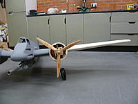 Name: P1050340.jpg Views: 126 Size: 129.0 KB Description: Dihedral and thickness of wing