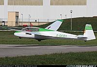 Name: ASK-13 NoseWheel6.jpg Views: 39 Size: 91.6 KB Description: ... or CECY.
