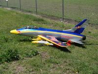 Name: CIMG0113.jpg Views: 102 Size: 238.3 KB Description: UN F-100 DE RED BULL