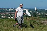 Name: DSC_1655_DxO (Large).jpg Views: 144 Size: 109.0 KB Description: Duke brings his Sparrow back in one piece.