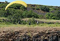 Name: DSC_8203_DxO.jpg Views: 140 Size: 301.1 KB Description: Hang glider pilot joins the fun.