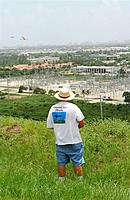 Name: DSC_9309_DxO.jpg Views: 158 Size: 158.0 KB Description: Dan brings his Windfree in closer.