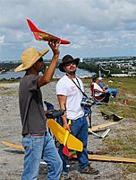 Name: DSC_0414_DxO (Custom).jpg Views: 115 Size: 157.6 KB Description: Jose sends out his new plane.  Kinda looks like a small X Wing.