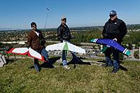 Name: DSC_4950_DxO.jpg Views: 52 Size: 300.8 KB Description: The Half-Pipe club gets ready to fly.