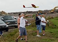 Name: DSC_5028_DxO.jpg Views: 40 Size: 212.2 KB Description: Tom sends his Bat off the slope.