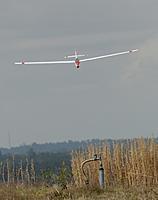 Name: DSC_5121_DxO.jpg Views: 37 Size: 79.1 KB Description: Dan's Bergfalke II on approach.