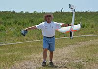Name: D71_6385.JPG Views: 82 Size: 510.4 KB Description: Larry L and his Radian ham it up.