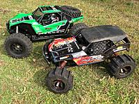 Name: FO-XX 4wd .25 Nitro BEAST & Yeti XL 8th Scale Sidewinder 3 Twist Monster.jpg