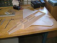 Name: dscf6490.jpg Views: 27 Size: 648.5 KB Description: When the glue dries, you have a very recognizable shape.