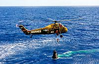 Name: Recovery of Freedom 7 and Alan Shepard.jpg Views: 95 Size: 1.18 MB Description: Mercury Capsule Freedom 7 and astronaut Alan Shepard Recovery 5th May 1961 by US Marines HSS-262 helicopter #44 flying from the USS Lake Champlain (CV-39).