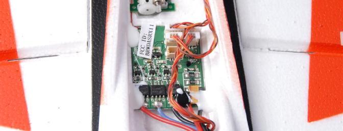 The Spektrum AR6400NBL receiver/ESC unit.