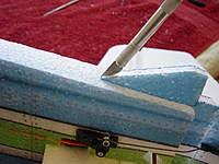 Name: DSC00244.jpg Views: 257 Size: 89.9 KB Description: Cut slit for tail skid