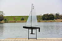 Name: DSC_0357m.jpg Views: 102 Size: 700.3 KB Description: DF65 with Catsails A & short keel
